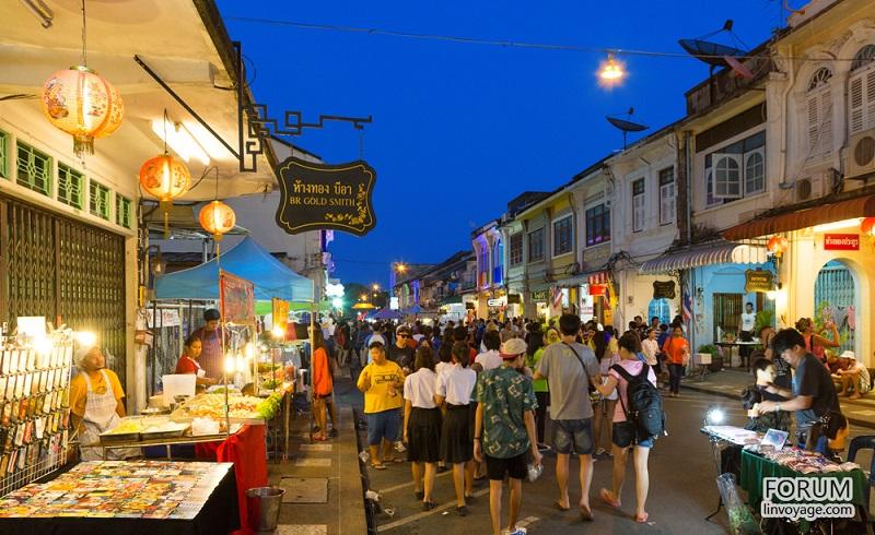 คำอธิบายภาพ : night-market